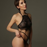 Your Angels - Σεξ διαφημίσεις των καλύτερων γραφείων συνοδείας στην Ελλάδα - Mia Hot Lady
